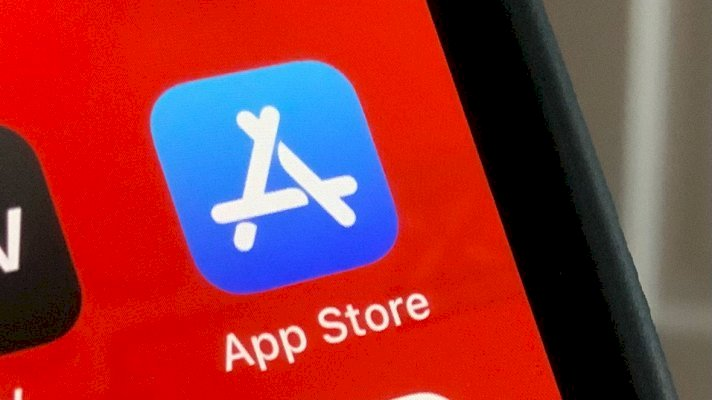 Apple's StoreKit 2 simplifies App Store subscriptions and refunds by making them accessible inside apps