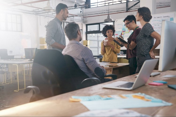 Should Your Company Join an Accelerator or Incubator Program?